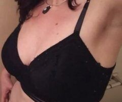 Portland female escort - OUTCALL/INCALL AVAILABLE NOW