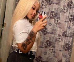 Chicago female escort - I'm available for all incall and outcall service