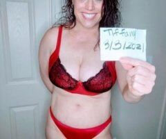 Las Vegas female escort - Blue Eyed Red Head Beauty Will Blow Your Mind!