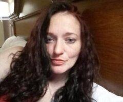 Pittsburgh female escort - down-2-earth and fun