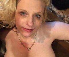 Newport News female escort - Love, Lynn