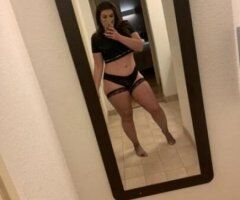 gorgeous big booty brunette - Image 3