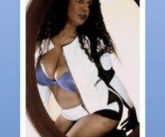 Dallas female escort - Hump Day Special! 80 FS. come and f****** while it's hot I'm so horny.
