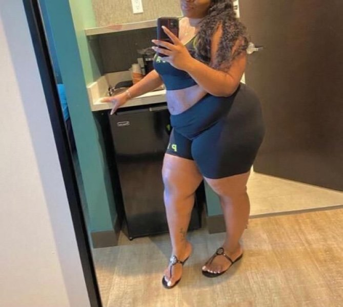 Kianna Moore 💕 NEW NUMBER Deepest Throat ✨ INCALLS only High class Sessions 😍 north philly area 😌 PROFESSIONAL MEN ONLY 30 + ( Gentlemen Only ) - 1