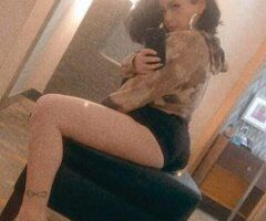Baton Rouge female escort - Specials with The Sweetest Honeyyy
