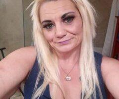 Dallas female escort - It's CUM Fuck me Friday!!
