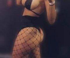 Phoenix female escort - Treat yourself to double the pleasure!