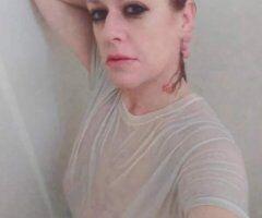 Charleston female escort - I CAN SUCK A GOLF BALL THRU A GARDEN HOSE!!!