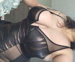 Greensboro female escort - .Grownn woman do it better. Come relax while sqeezing my stress b