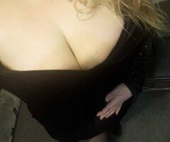 Butte female escort - With An Ass Like Mine, Who Needs Tits??!