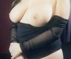 Tampa female escort - NEW NUMBER NEW PICS NEW SEXY LIL TOUNGE TRICKS...COME GET ME OR UBER ME TO U RIGHT AWAY