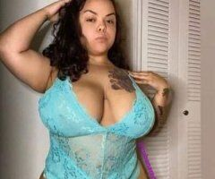 Fayetteville female escort - Super Thick💄MIdDGeT_GiRl💄needs some super thick dick in my life