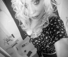 Seattle female escort - 206 590-0413 LETS DO SOMETHIN UNFORGETTABLE 4 MY BIRTHDAY 2DAY