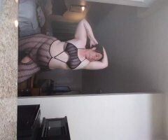 Newport News female escort - Let's link up tonight daddy. 757 232 1459