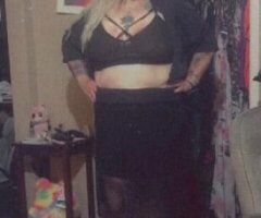 Laredo female escort - feeling horny tonight... lets party!!