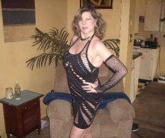 Kansas City female escort - ELLIE Ann VERY SWEET. AVAILABLE AUGUST 2ND - 8TH. 😉😉 Mature/ OLDER SEXY !!!! Nice 40 DDD BOOBS✌😉