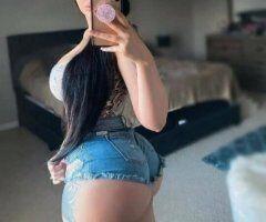 Long Beach female escort - Melanie