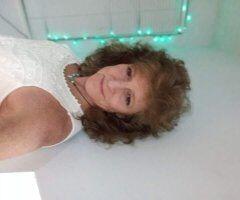 Chattanooga female escort - Leggs