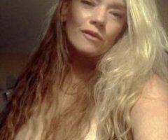 HOTTIE!! SEXY MILF - Image 2