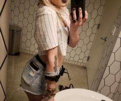 Hot blonde in tempe - Image 5