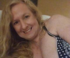 .AFTERNOON SPECIALS TODAY..RETIRED MASSAGE THERAPIST . half hour or THE Hour w/ Massagw NEW TEMP # - Image 1