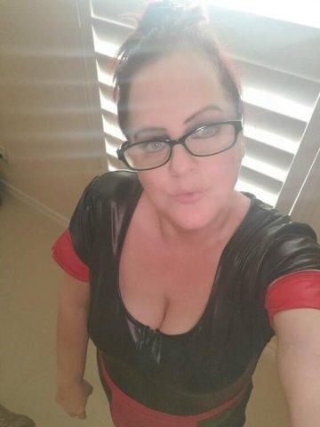 Mistress Jennifer in Houston NOW - 1