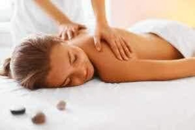 I am new in town Massages I Would love to massage u down - 5