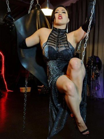 Sensual Chinese Dominatrix leading you along the path toward sexual enlightenment - 2