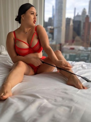Sensual Chinese Dominatrix leading you along the path toward sexual enlightenment - 5