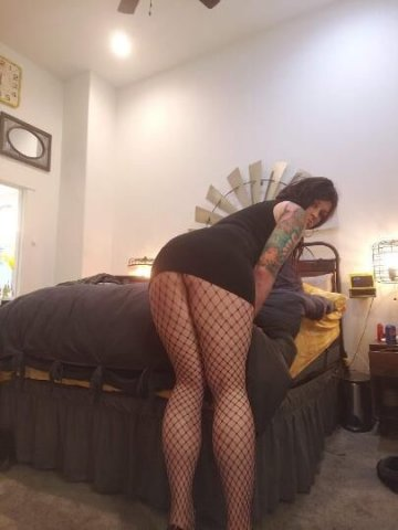 horny and waiting for you!! - 2