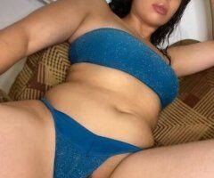 Sexy 😍 Soft 😋 Juicy 💦 Wet 🐱 SUPER SWEET😝🍭 & SOFT 💋 W/ A SLIM BODY 🧚🏽 FAT JUICY KITTY 🐱 - Image 4