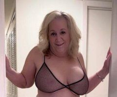 Amy - Debbie 2 Mature Busty Pumas Hosting and available Monday September 13th. Need to be Verified first ❤ - Image 1