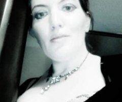 Charleston female escort - True Southern Hospitality