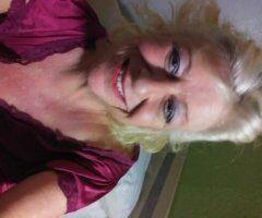 San Antonio female escort - HIPS 💋 LIPS 💋 & DIPS / PEACHES 🥒🍑💦