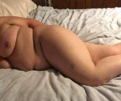 Pittsburgh female escort - Let me rock your world tonight and leave you smiling all week