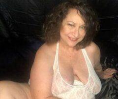 Kansas City female escort - VERY DIFFERENT