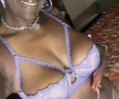Chicago female escort - Come Get Your Pipes Drained!! 💋