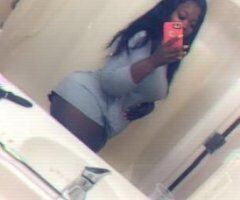 Chicago female escort - Your Amazing Goddess Bombshell