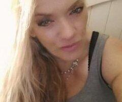 Orlando female escort - curvy sexy milf //// EXTRA providers SERIOUS inquiries