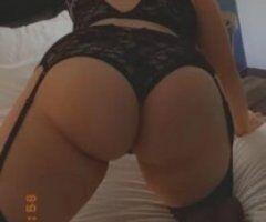 Dallas female escort - Blonde Latina beauty