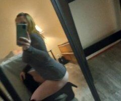 Reno female escort - hey daddy!