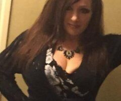Chicago female escort - Available for Incall in Schaumburg. Last Day.