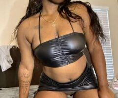 Phoenix female escort - Thick ebony 😘💦 ready to make your hot night even hotter 🥵