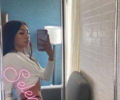Pittsburgh female escort - Selena