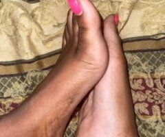 ONLY FEET 😌 - Image 2