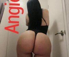 Houston female escort - Angie and Jennifer New Colombianitas en la ciudad
