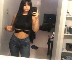 Oklahoma City female escort - Hey its Aziza your fantasy get away :) always available :) always fun