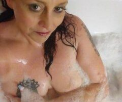Orlando female escort - Time for a Jacuzzi Tub Body Rub or Skinny Dip in The Pool