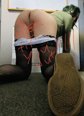 MORNING FRIDAYFuck me til u nut in my mouth! (Sexy Crossdresser!) - 1