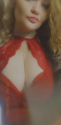 Come participate in HUMP day with me.. let me show you all my lovely lady humps. 🐪Thick and curvy...text me to cum play. Cum feel my soft, wet mouth. I promise you wont be dissapointed... 👄 will fit around you cock. 😘 Available RIGHT NOW!💋 - 4